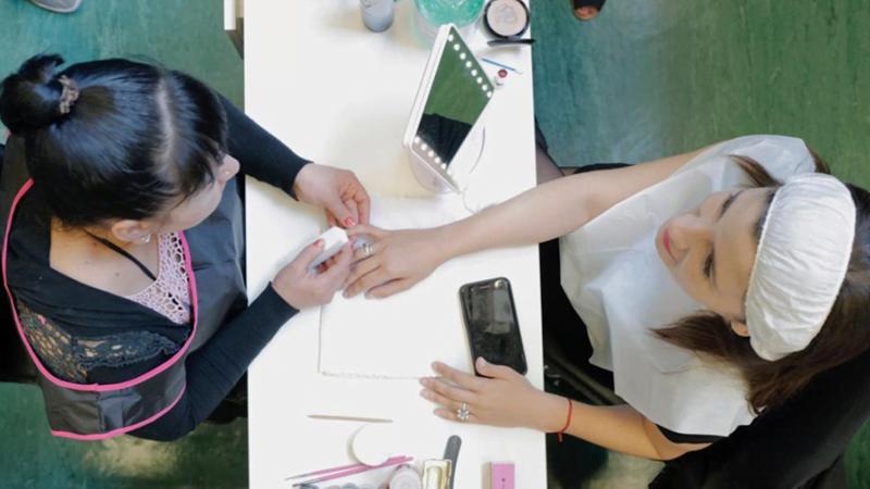 Farmacity programa readaptación social mujeres