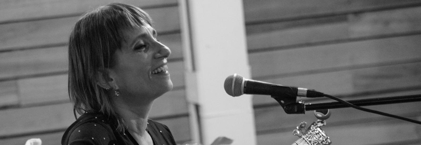 Hilda Lizarazu, Arte por la Igualdad, Día Mundial Violencia de Género, Queridas, Arredo